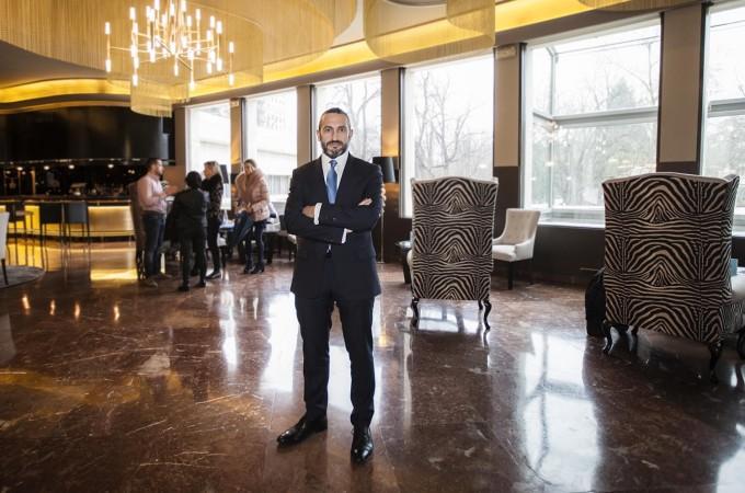 El Hotel Tres Reyes completa la oferta de servicios de su 'Lobby Bar'