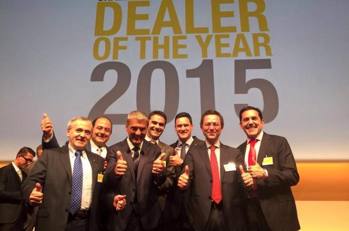 """Renault Unsain recibe en París el premio """"Dealer of the Year 2015″"""