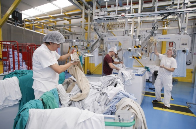 Tasubinsa, adjudicataria de la lavandería del Servicio Navarro de Salud