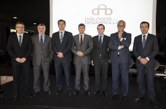 Globalización y desarrollo tecnológico, retos de un nuevo marco económico