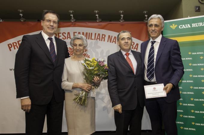 """ADEFAN entrega a Viguetas Navarras el 1er. """"Premio Empresa Familiar Navarra"""""""