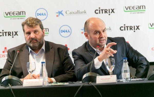 De I a D: Jose Antonio Gurucelain y Rafa Laskurain, director de Innovación y CEO de CISTEC technology, respectivamente. Fotos: Víctor Rodrigo