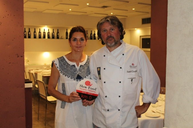 Elena Pérez y Santiago Cordón del Restaurante Trinquete, ganadores del Restaurante Km0 Slow Food