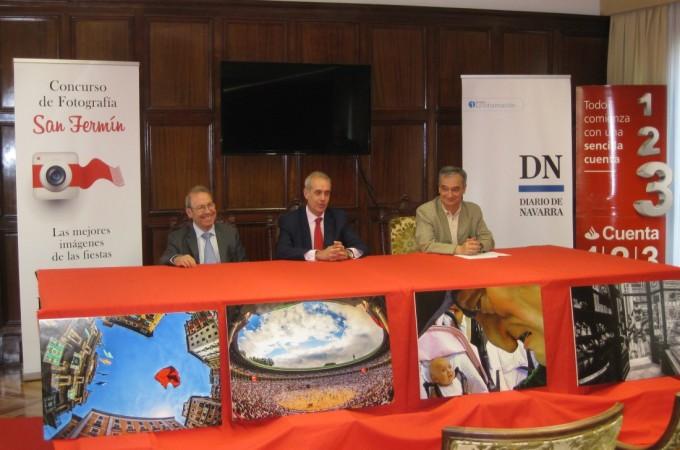 Banco Santander y Diario de Navarra premiarán las mejores fotografías de San Fermín