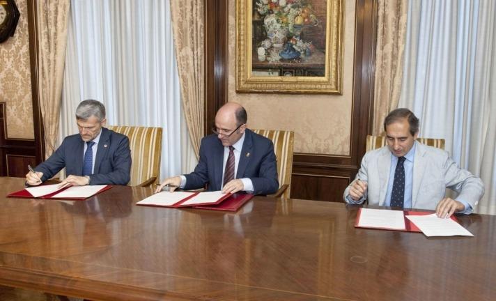 Ayerdi, Carlosena, Sánchez Tabernero, UPNA, Universidad de Navarra