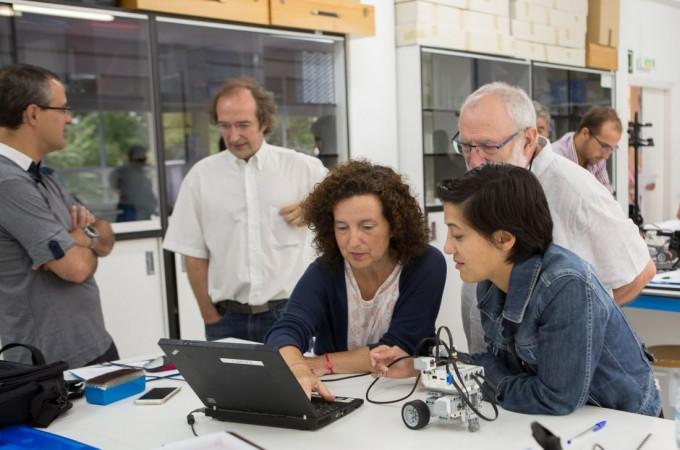 La robótica educativa aterriza en la Universidad Pública de Navarra