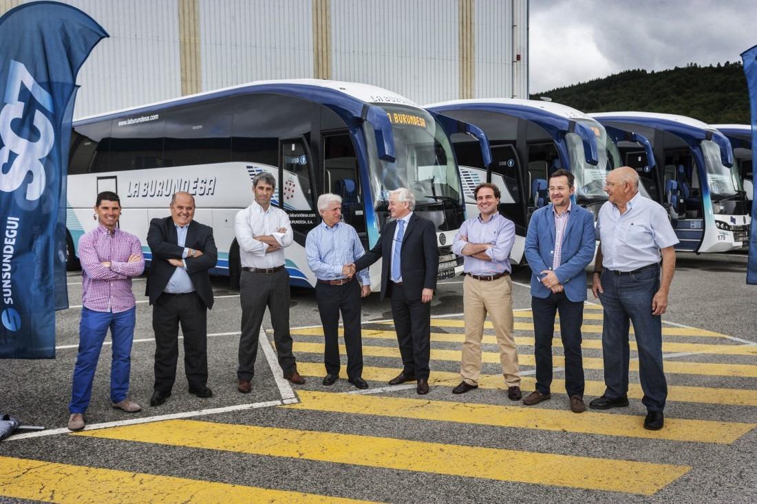 La Burundesa adquiere 4 autobuses a Sunsundegui-2