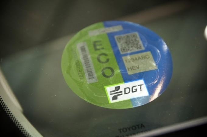 Toyota y Lexus, primeros beneficiarios de las 'etiquetasECO' de la DGT