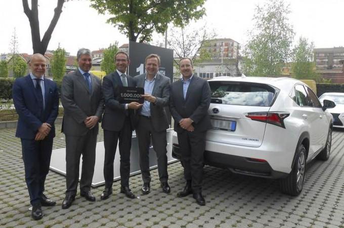 Lexus alcanza el millón de unidades vendidas del modelo 'IS'