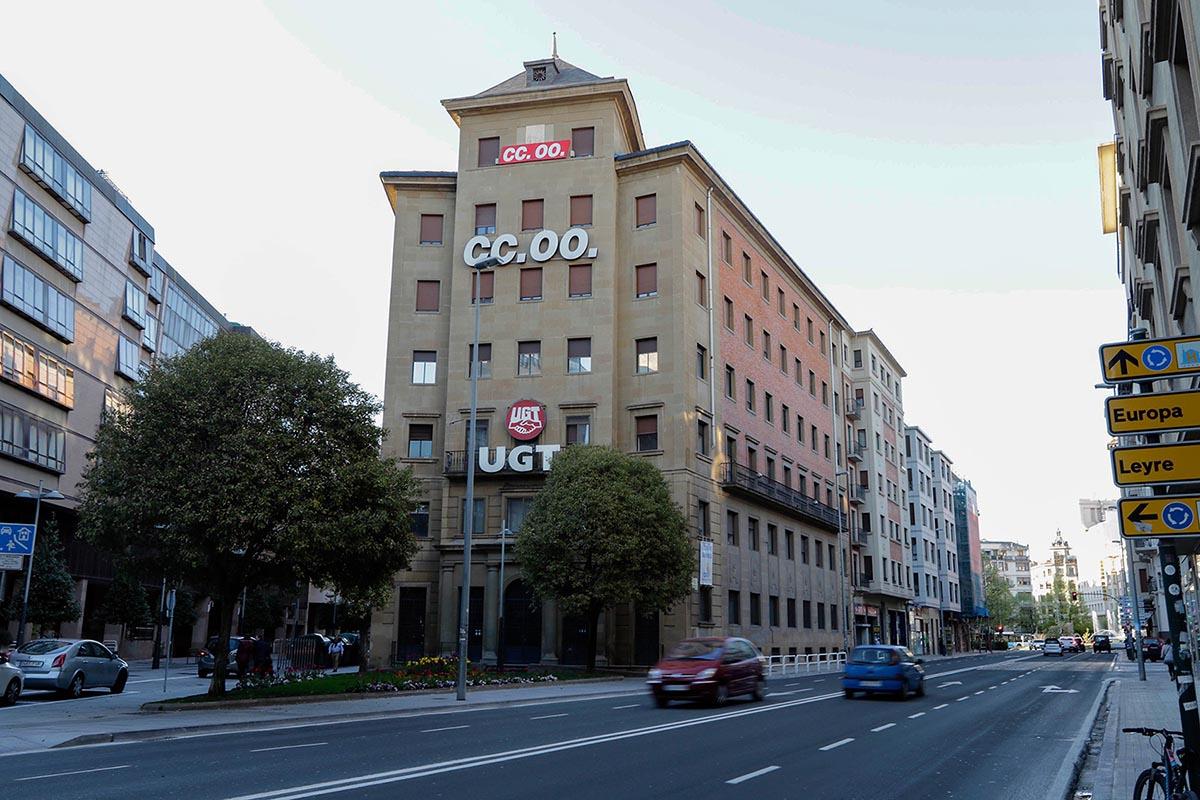 Sedes de CCOO y de UGT en Pamplona