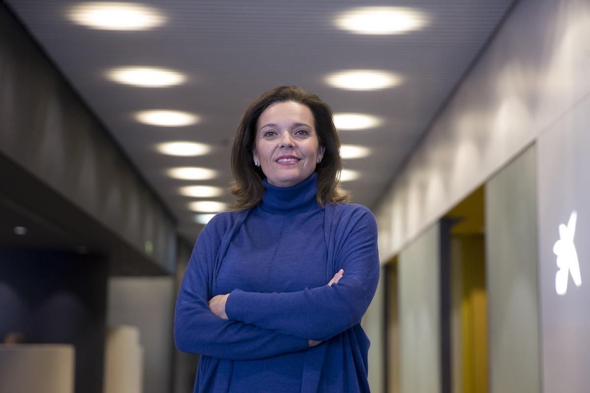 Ana Díez Fontana, en la oficina Store que la entidad posee en la Avenida Carlos III.