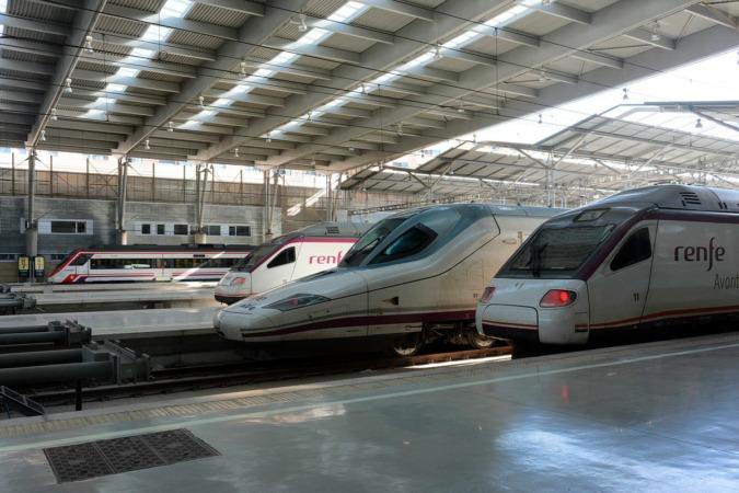 tren, ave, renfe, alta velocidad