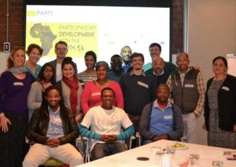 Miembros de uno de los encuentros participativos en África.