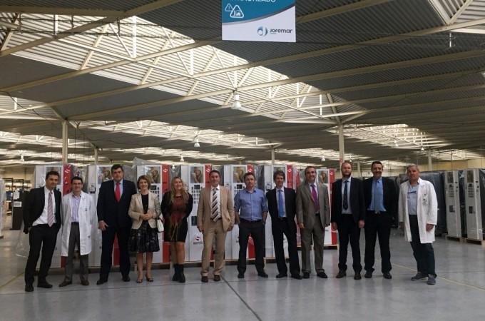 Expertos de la Oficina Europea de Patentes visitan Jofemar, en Peralta