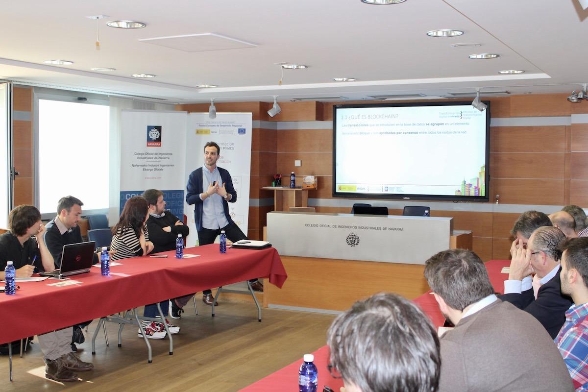 Gonzalo Franco durante uno de los encuentros con empresarios y directivos.