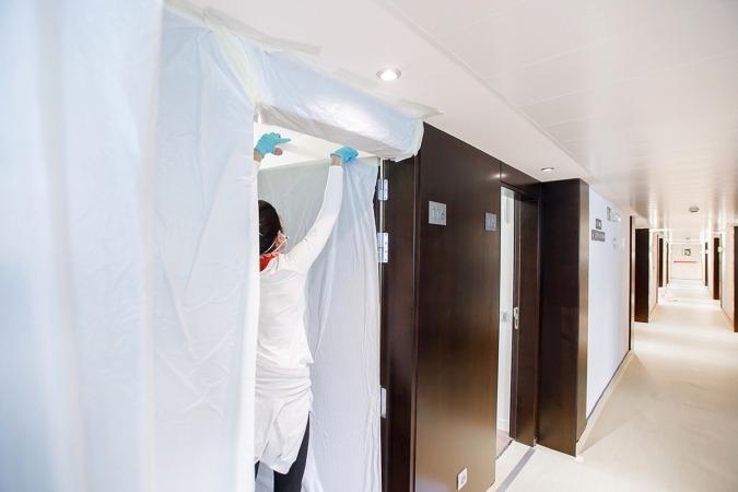 A lo largo del fin de semana, Salud adaptó las instalaciones del Iruña Park para alojar a enfermos.