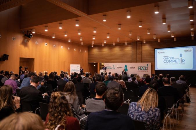 La jornada reunió a más de 200 personas en Baluarte.
