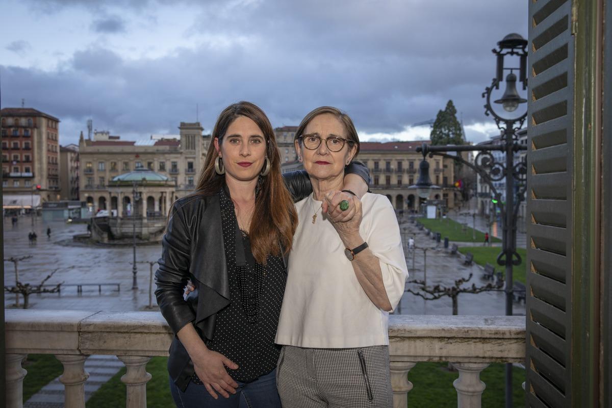 Ainara Goicoechea y su madre, Mª Carmen Arbizu.