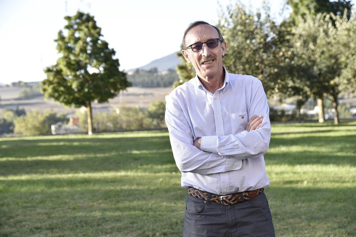 Ángel María Úsar finaliza la presidencia de la Asociación en mayo, tras 8 años en el cargo y 8 más en que estuvo en torno al año 2.000. (FOTOS: David Muñiz)