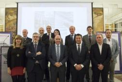 Representantes del Gobierno de Navarra, NavarraCapital.es y Clave, junto a alguno de los 'Líderes Empresariales' 2018. (FOTO: Ana Osés)