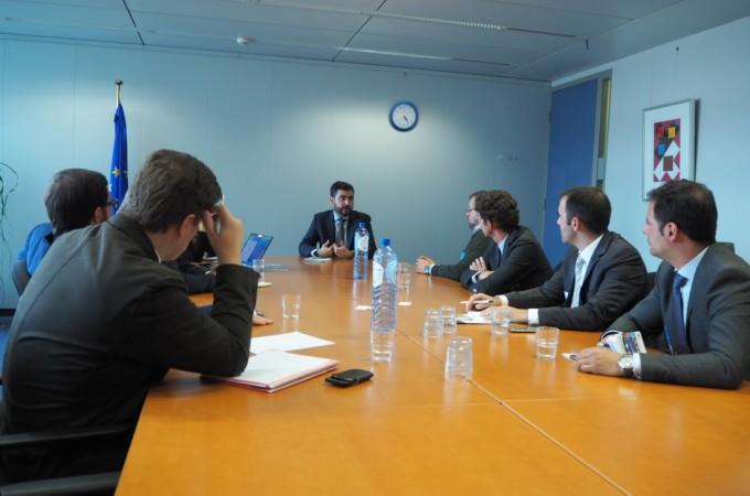 AJE busca en Bruselas apoyo para los jóvenes empresarios navarros