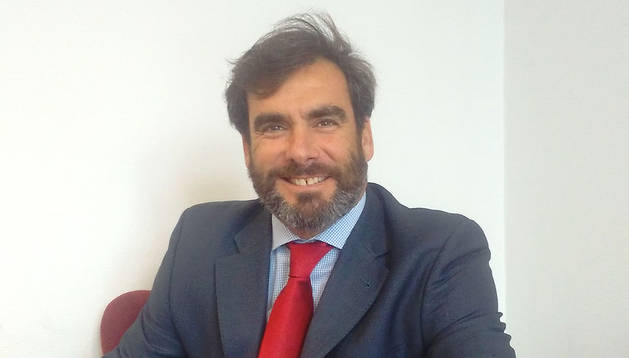 Alexander Azpitarte, Banco Santander Navarra