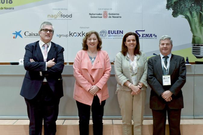 Tito Navarro (NavarraCapital.es), Isabel Elizalde (Gobierno de Navarra), Ana Díez Fontana (CaixaBank), Fernando J. Burgaz (Ministerio Industria Alimentaria)