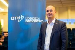 Imagen de Zigor Ezpeleta, director de RRHH de Corporación Mondragón ayer en Pamplona. Foto: Víctor Rodrigo