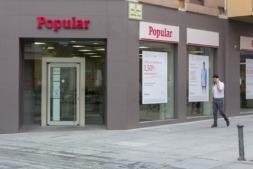 Imagen de una sucursal del Banco Popular. Fotografía: Víctor Rodrigo.