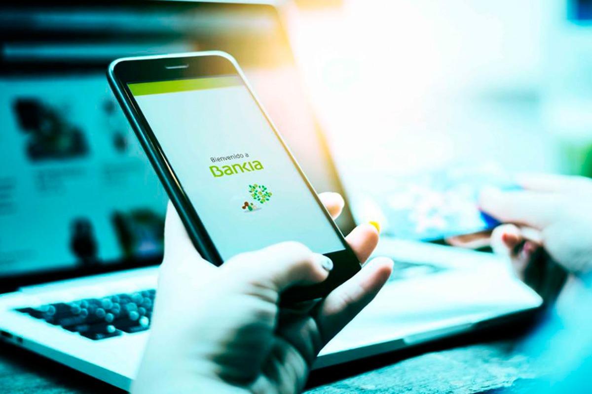 Bankia sumará dos millones de clientes digitales hasta 2020 y se aproximará a los cinco millones.