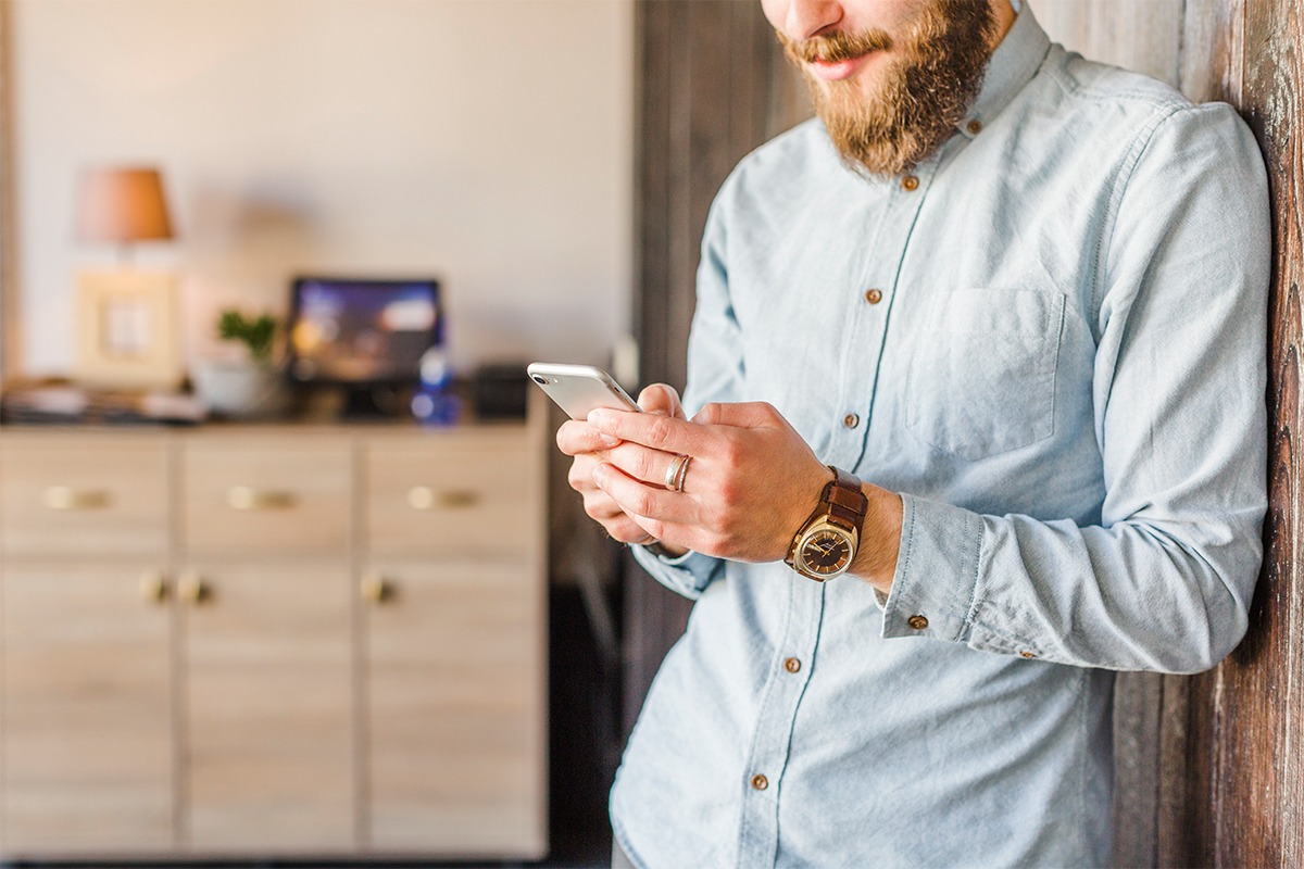 Las citas online afectan a los hábitos de salidas nocturnas.