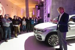 Julian Iantzi junto al nuevo BMW X3 (FOTOS: Víctor Rodrígo).