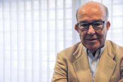 Carmelo Ezpeleta, de 71 años, ofreció una charla en la sede de la CEN de Pamplona.