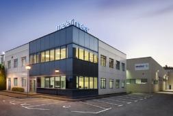 Planta de Meler, multinacional con sede en Orkoien dedicada a la fabricación de sistemas para la aplicación de adhesivos sellantes.