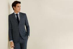 Saber llevar la corbata tiene unas 'reglas' que marcan la diferencia.