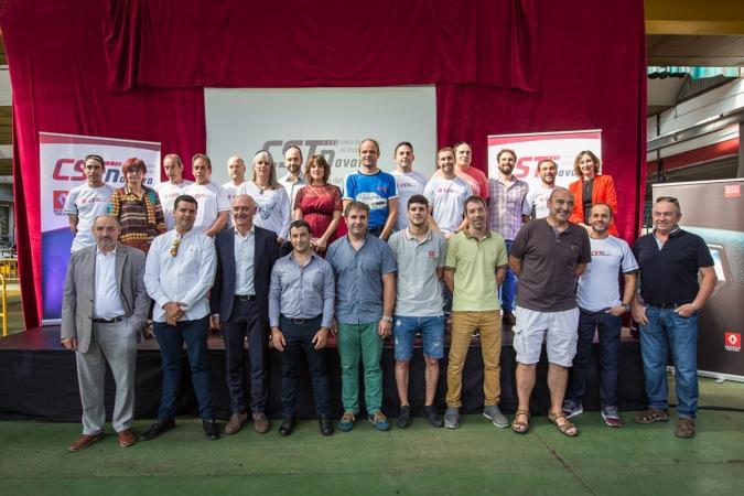 Foto de familia de los responsables de CST Navarra