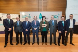 Luis Collantes, Juan Miguel Floristán,  Josu Sánchez, Manu Ayerdi, Pilar Irigoien, José Zudaire, Carlos Eugui y Josu Ugarte.  FOTO: Víctor Rodrigo
