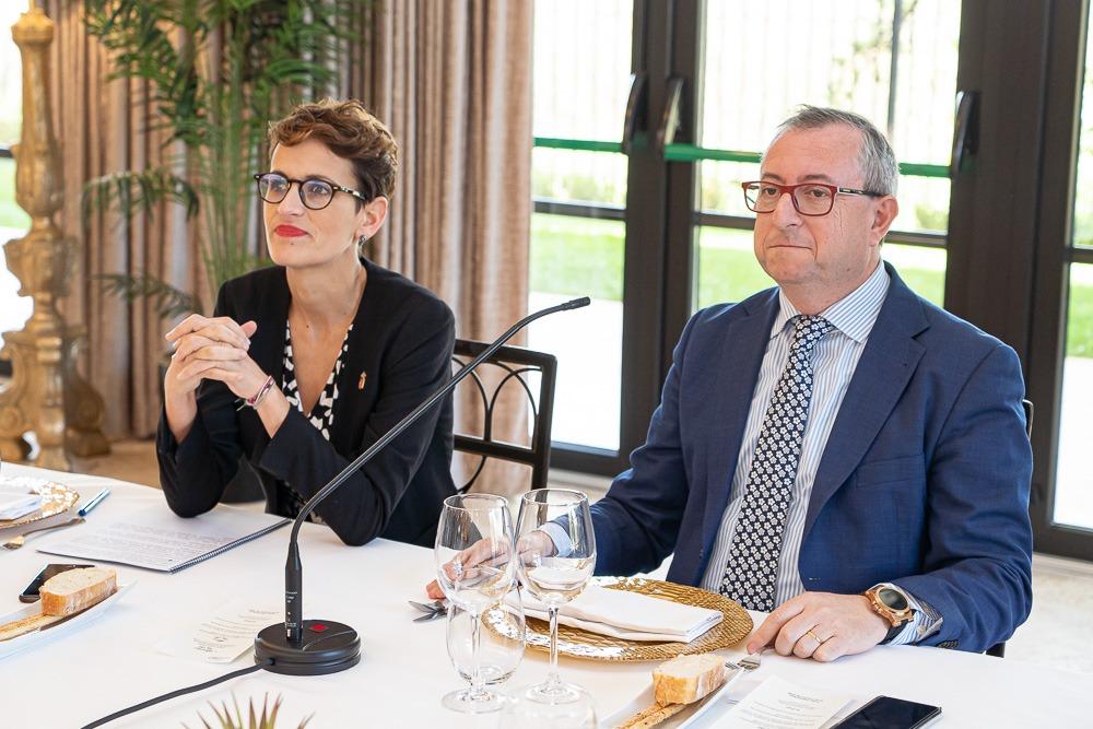 María Chivite y el presidente de Eventshotels, Jesús Berisa.