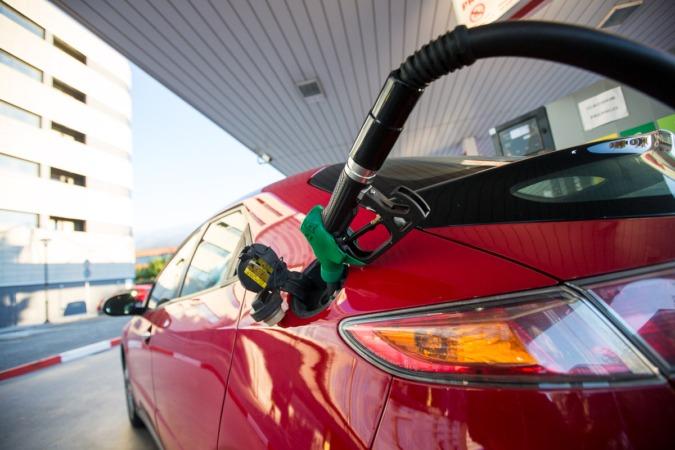 Mejorar la información del consumidor, principal objetivo del nuevo etiquetado introducido recientemente en nuestras gasolineras. (FOTOS: Víctor Rodrígo)