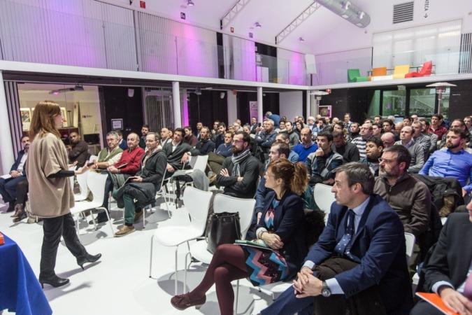 Un momento de la intervención de Conchita Galdón sobre Blockchain en CEIN. (FOTOS: Víctor Rodrígo).
