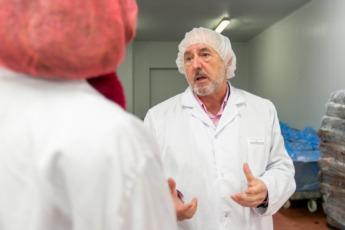 Jesús Galar, en la empresa. (Foto: Víctor Rodrigo)