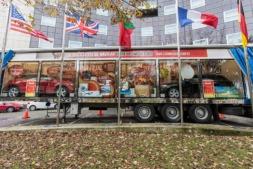 """Imagen del camión de """"La Gorda de Navidad"""" durante su reciente estancia en Pamplona.  (FOTOS: Víctor Rodrígo)."""