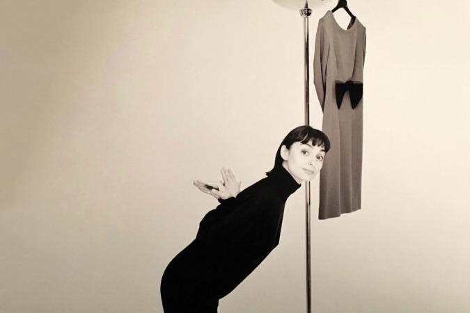 La diseñadora catalana Lydia Delgado defiende un universo romántico, femenino y mágico. (Foto: Antoni Bernad)