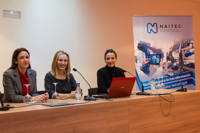 Nerea Corera, Izaskun Goñi y Silvia Díaz han sido las encargadas de presentar el diagnóstico sobre la situación de la Industria 4.0 en Navarra.