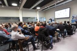 Multitud de asistentes se acercaron a conocer las tecnologías que se están desarrollando en Navarra.