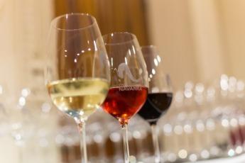 Un buen vino D. O. Navarra nunca puede faltar en la mesa por Navidad.
