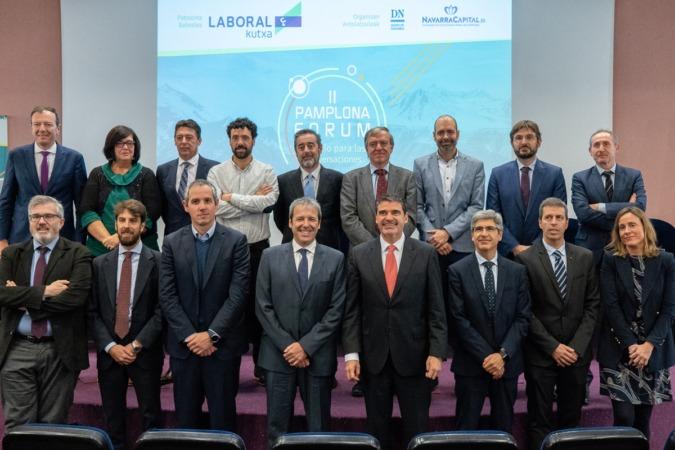 Ponentes, organizadores y patrocinadores del II Pamplona Forum.