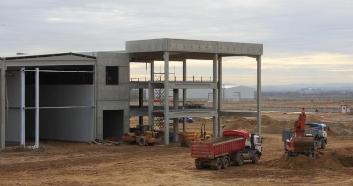 Trabajos de ampliación de la factoría de Congelados de Navarra en Fustiñana