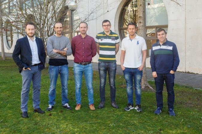 Investigadores vinculados al proyecto TeraFOOD, en el campus de la UPNA.