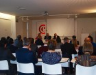 Ayerdi se reúne con representantes de Cámara Navarra